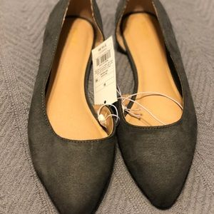 Mossimo Grey Pointed toe, cut-out side flats